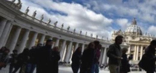 vaticano_chiesa_8uy76